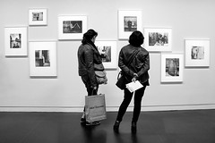 Exposition photos Louis Stettner du 15 juin 2016 au 12 septembre 2016 au Centre Georges Pompidou Paris (France) (OMM.photographie) Tags: people blackandwhite bw monochrome canon eos photo blackwhite expo noiretblanc nb exposition inside m3 intrieur noirblanc canonm3
