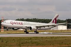 A7-AEM Qatar Airways Airbus A330-302 coming in from Doha Katar (OTHH) @ Frankfurt (EDDF) / 19.06.2016 (oliver.holzbauer) Tags: planes airbus airways airlines a330 fra doha qatar planespotting qatarairways frankfurtairport eddf airbus330 planespotter runway18 a7aem runway18de