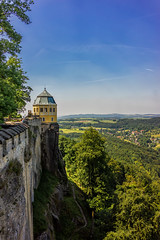 Knigstein Fortress - Big Yellow Tower with View - color (scrondo99) Tags: sky tree castle nature berg leaves stone wall clouds zeiss 35mm germany landscape deutschland spring sony saxony hill laub natur himmel wolken bluesky sachsen turm landschaft bltter fortress stein bume baum horizont burg mauer frhling gestein festungknigstein zeiss35mm28 sonya7ii
