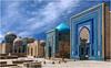 Ouzbékistan. Samarkand, la nécropole Chah e Zindeh. (leonhucorne) Tags: travel nikon asie samarkand nécropole d80 ouzbékistan samarcande flickrtravelaward chahezindeh