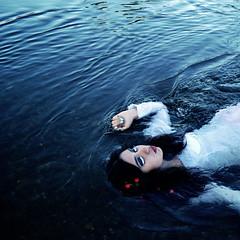 under (Miguel-Lugo) Tags: camera portrait art broken water girl méxico vintage hair photography 50mm photo hands agua nikon underwater heart surreal brooke nails nikkor sureal broke surea brookeshaden d3100