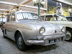 Renault Ondine Aerostable 1960 silver vrt (stkone - On vacation!) Tags: auto old france classic cars car museum french frankreich classiccar automobile foto fotografie francaise antique alt cit voiture muse musee collection coche alsace older historical oldtimer frankrijk francia classiccars elsass clasico schlumpf ancienne ancien mulhouse classique sammlung elzas vhicule automobiel alsacia schlumpfcollection citdelautomobile museenational collectionschlumpf citedelautomobile musenational