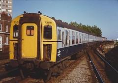 7356 (hugh llewelyn) Tags: class421 4cig alltypesoftransport