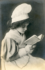 Girl reading. (benicektoo) Tags: girl vintage reading vintagephotographs foundphotographs