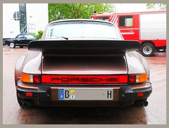 Porsche 930 turbo (whale tail) (Transaxle (alias Toprope)) Tags: auto show berlin classic cars beauty car vintage nikon power antique voiture historic retro event coche soul carros classics carro oldtimer bella autos veteran macchina carshow coches veterans clasico voitures toprope antigo antigos clasicos