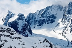DSC_3632 (sammckoy.com) Tags: mountains landscape skiing bc britishcolumbia powder glacier helicopter bellacoola coastmountains backcountryskiing mckoy bellacoolahelisports tweedsmuirparklodge sammckoy samckoy samuelmckoy