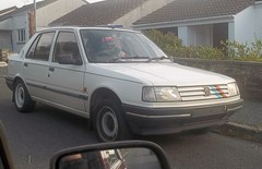Peugeot 309 (occama) Tags: old uk white car cornwall stripes retro 1991 1992 peugeot rallye 309