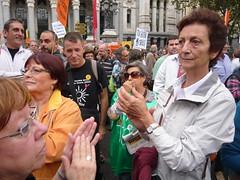 MANIFESTANTES EN CIBELES 19O#265 (Jül2001) Tags: protest protesta revolución manifestaciones protestas mareas spanishrevolution 15mayo movimientossociales luchasocial indignados democraciarealya acampadasol movimiento15m