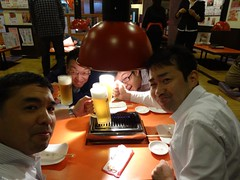 Cheers!! @Stamina-En, Hongmei Road, Shanghai (Phreddie) Tags: china food dinner cuisine japanese yum shanghai beef smoke bbq meat eat korean yakiniku restautant meatclub stamina 131205