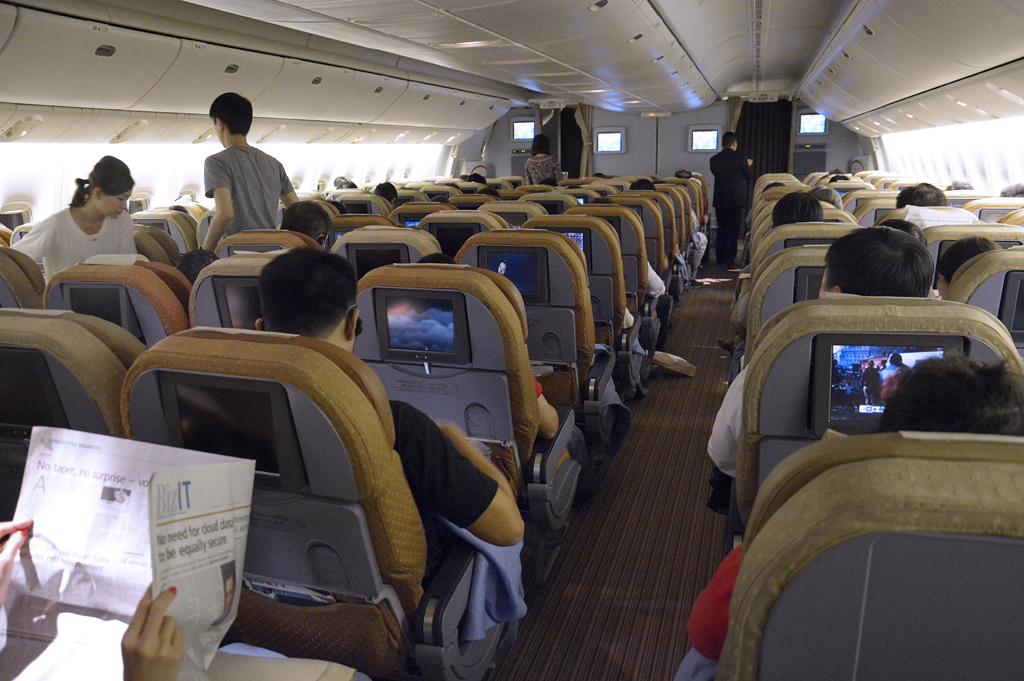 The world 39 s most recently posted photos of avod flickr for Boeing 777 interior