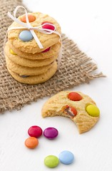 Five cookies stacked on top of each other (aussiegall) Tags: food cookies treats stack sweets archieves 652