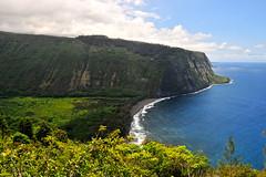Waipio Valley - II (Anders Magnusson) Tags: road hawaii nikon hike thebigisland steep waipio waipiovalley andersmagnusson