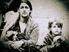 Dis-connected (The*Secret*Soul) Tags: family people bw familia loneliness soledad emotions abandono emociones monocromatico
