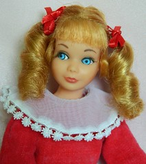 VINTAGE MOD SKIPPER SAUSAGE CURL TNT BARBIE DOLL BLONDE w/ VELVET BLUSH OUTFIT (laika*2008) Tags: vintage outfit mod doll w barbie sausage skipper velvet blonde curl blush tnt