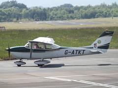 G-ATKT Cessna Skyhawk 172 (Aircaft @ Gloucestershire Airport By James) Tags: james airport gloucestershire skyhawk cessna lloyds 172 egbj gatkt