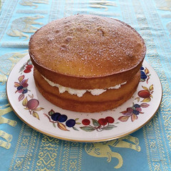Mary's cake Leicester 17th April 2016 (loose_grip_99) Tags: birthday cake leicester mary victoria april sponge 2016
