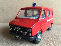 Old Cars Italy - Fiat / Iveco Daily  - Fire Brigade Crew Bus / Personnel Carrier - Sommozzatori VVF Milano  - Miniature Die Cast Metal Scale Model Emergency Services Vehicle (firehouse.ie) Tags: old italy milan bus cars fire fiat milano daily crew van oldcars feuerwehr department fuoco dept iveco brigade feuerwehrauto vigili vvf pompieri