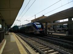 ETR 425.016 SFM6 4619 a Lingotto FS (TO) (simone.dibiase) Tags: etr 425 etr425 lingotto stazione fs ferrovie dello stato trenitalia servizio ferroviario metropolitano linea regionale torino 016 4619 sfm 6 sei passeggeri treno train station pax