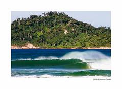 Praia do Campeche (HermesDaniel) Tags: winter brazil beach brasil waves florianpolis santacatarina inverno ondas campeche praiadocampeche