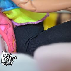 Barbie Made to Move joints 1/7 (pinkperfectplasticworld) Tags: djy08 barbie pink perfect plastic world int jour day nikon doll dolls poupe poupes puppen bambole poppen bonecas dockor nuket dukker blue top fitness bambi made move mtm 2015 mueca muecas mattel 16 sport  teresa