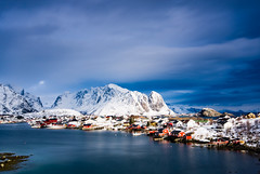 Reine (Lukasz Lukomski) Tags: longexposure snow mountains water norway clouds landscape island coast norge europa europe lofoten gry woda archipelago chmury sigma1020 krajobraz norwegia wyspa snieg wybrzee lofoty nikond7200 lukaszlukomski