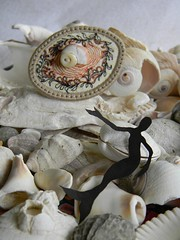 secrets in the shell ring1 (Danny W. Mansmith) Tags: handmade oneofakind details seashell wearableart homespun elastic dannymansmith satinstitch tinystitches fabricrings stopmotionsewing