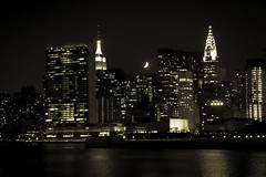 NYC Under the Crescent Moon (JP-Flanigan) Tags: leica city nyc newyorkcity urban ny newyork building skyline night state manhattan un empire eastriver longislandcity