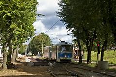 Die größte Baustelle im Netz Daugavpils befindet sich zwischen den Haltestellen 'Pilsetas Poliklinika' und 'Uznemums Lokomotive'. Wegen des Austausches der Gleise und der Erneuerung des Unnterbaus, ist dieser wichtige Streckenabschnitt, der von den Linien (Frederik Buchleitner) Tags: tram streetcar tramvaj rvr 029 lettland daugavpils latvija трамвай tramvajs linie1 030 trambahn rvz6 strasenbahn даугавпилс рвз6 rvz6m2 rīgasvagonbūvesrūpnīca daugavpilstramvajuuzņēmums