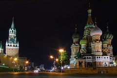 Saint Basil's Cathedral (cummo81) Tags: longexposure travel church night lowlight cityscape russia moscow kathedrale unesco piazza redsquare orthodox moskau kremlin worldheritage cattedrale moskva rossa basilius pokrovskycathedral  vasilytheblessed