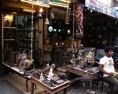 Chor Bazaar, Mumbai, India (santosh_sinha) Tags: india market indian bombay shops flea mumbai bazar chorbazaar mdaliroad