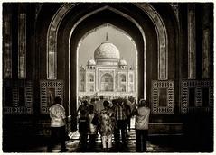 Agra IND - Taj Mahal Main Gate 03