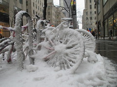 Bi-cicles 2014 NYC 4666 (Brechtbug) Tags: street plaza new york city nyc winter snow storm car weather bike bicycle rock 30 looking near cab taxi year snowstorm bikes east bicycles rockefeller avenue blizzard 5th 49th 2014 blizzards bicicles 02052014 biicicles