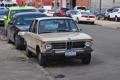 1972 BMW 2002 Automatic (Triborough) Tags: nyc newyorkcity 2002 ny newyork car brooklyn automatic bmw gowanus 1972 kingscounty  vision:text=0591 vision:outdoor=0889 vision:car=0879
