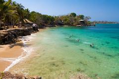 Ensenada de la Playita (alejocock) Tags: island mar colombia bolivar playa caribbean vacaciones caribe caribean laplayita islafuerte cabaasunlugar