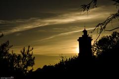 Anochece en Cascais (Perluti) Tags: trip travel sunset naturaleza sun sol portugal nature contraluz nikon cascais anochecer viajar atarceder eguzkia 18105mm d7000 perluti mikelaguirre
