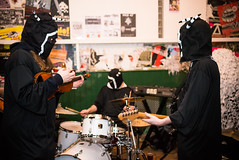 Thee Bald Knobbers (agataurbaniak) Tags: uk music zeiss 35mm concert nikon brighton experimental unitedkingdom live gig performance event improv electronic improvised concertphotography cowley drone carlzeiss 2015 d600 35mmf2 35mm2 eventphotography cowleyclub nikond600 zf2 thecowleyclub zeissdistagont235 theebaldknobbers agataurbaniak