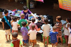BSB : Baan Mae Tew (Bring Smiles Back) Tags: charity travel children thailand offroad teacher donation volunteer visiting bring hilltribe nonprofit bringsmilesback
