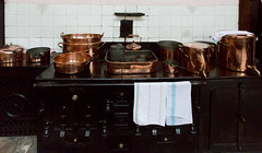 SCE_7515 (staneastwood) Tags: kitchen urn hall cornwall dish oven 19thcentury kettle pots cooper furnace statelyhome nationaltrust range manorhouse pans lanhydrock staneastwood stanleyeastwood