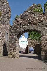 Tenby Castle+Museum-190b (M H Evans) Tags: castle museum gallery ruin gateway pembrokeshire tenby