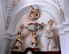 La dedica (magellano) Tags: sculpture church escultura chiesa monastery estatua statua mals monastero sdtirol altoadige scultura marienberg abtei burgusio burgeis mallesvenosta