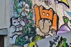 El Moot Moot_2237 rue des Trois Couronnes Paris 11 (meuh1246) Tags: streetart paris chat animaux paris11 tirelalangue ruedestroiscouronnes elmootmoot