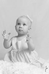 Clapping (jannaheli) Tags: bw baby cute girl suomi finland blackwhite helsinki babygirl littleprincess oneyearold mv homestudio vauva tytt sp strobist kotistudio mustavalkonen 1vuotias valaisu pikkuprinsessa tyttvauva nikond7200 ensikerrallaonnistunparemmin