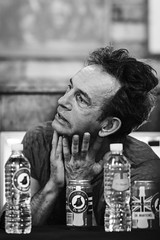 Keith ''Monkey'' Warren / The Adicts. (Gerardo Nava Fotografía) Tags: portrait music rock méxico zeiss punk retrato sony bn alpha músico adicts 135mm vocal the zeisslens theadicts sonyalpha sal135f18z sonyzeiss sonnart18135 sonnart18135za sonyflickraward a77ii sonya77ii sonyméxico