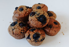 IMG_8910 (craghack) Tags: food dessert vegan healthy sweet eating banana blueberry foodporn muffin superfood foodphoto healthyeating foodphotography sweettreats wholefood healthylifestyle foodstyling sweettreat healthyfoodporn veganfoodshare vegansofig ilobsterit