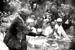 Ngertakeun Bumi Lamba #07 - Blessing Dance (dqsetiadi) Tags: ngertakeunbumilamba sunda sundawiwitan traditionalculture blessingdance journalism humaninterest blackandwhite bnw dance