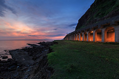 Northeast Coast, Taiwan _IMG_0286 (Len) Tags: seascape sunrise landscape coast taiwan tunnel  seacoast  6d northeastcoast  blackcard   ruifang        ef1635mmf28liiusm 1635lii  2  newtaipeicity