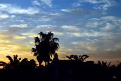 Despertar (ZAP.M) Tags: espaa contraluz andaluca nikon flickr amanecer nubes cadiz cielos siluetas chiclana zapm mpazdelcerro