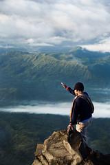 (justinbastien) Tags: bali mountain trekking indonesia hiking summit agung gunungagung