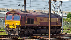 66158 (JOHN BRACE) Tags: light canada london english yard early belmont engine scottish loco down running move 1999 66 class co wakefield passing welsh seen built doncaster livery europort 1447 1454 gmemd 66158