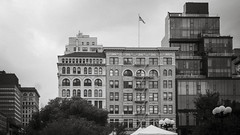 Union Square, Summer (Jeffrey) Tags: park nyc newyorkcity summer newyork june architecture buildings squares manhattan parks streetphotography midtown unionsquare 2016